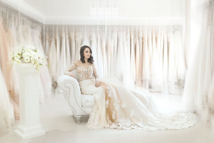 Size Doesn't Matter: Choosing The Best Wedding Dress For Curvy Women